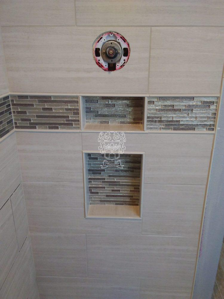 Fox Point Shower - Mucciolo Tile